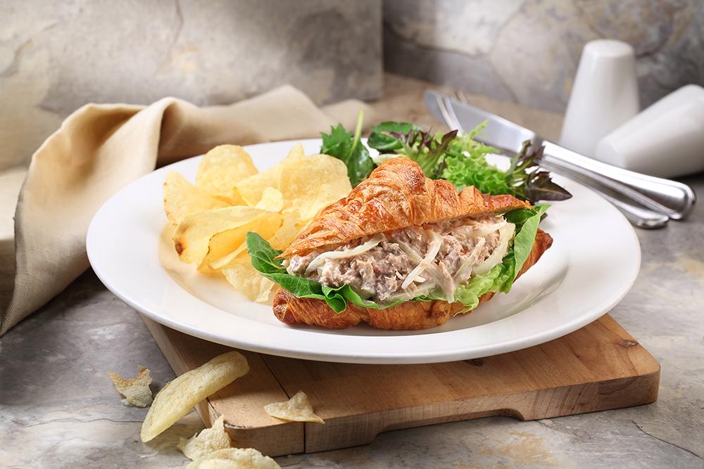 District-10---Brunch---Tuna-Sandwich