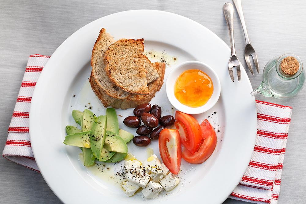 Mediterranean-Breakfast-Platter